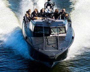 Åka stridsbåt i Stockholm