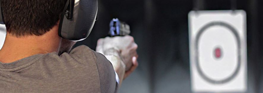 skjuta pistol i stockholm